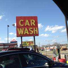 Photo taken at Scrub-A-Dub Car Wash by Martin T. on 3/14/2012