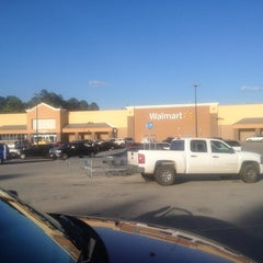 Photo taken at Walmart Supercenter by Hak Y. on 7/26/2012