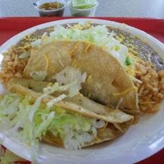 Photo taken at Mezquite Mexican Grill by SALT LAKE GETAWAY GUY g. on 2/9/2012