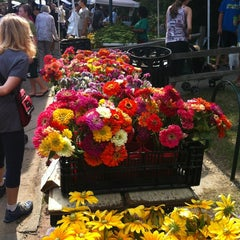 Photo taken at Traverse City Makers Market by Kinsey M. on 8/4/2012