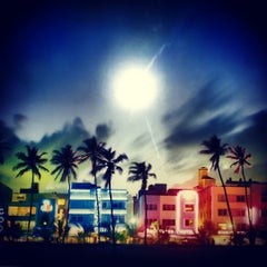 Photo taken at Ocean Drive by Niv N. on 3/26/2012