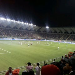 Photo taken at Estadio Bicentenario de La Florida by Elisabeth S. on 5/19/2012