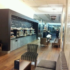 Photo taken at BA Galleries First Lounge by Peter C. on 1/31/2012