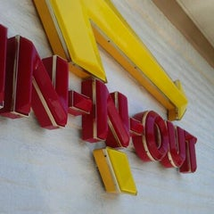 Photo taken at In-N-Out Burger by Brian C. on 9/17/2011