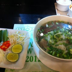 Photo taken at Phở 24 by wendy e. on 2/20/2012