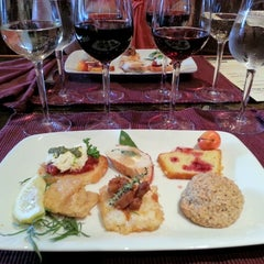 Photo taken at Lynfred Winery by Gerry C. on 7/29/2012