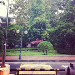 Photo taken at 이화여자대학교 후문 (Ewha Womans University Back Gate) by Stella K. on 8/10/2012