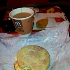 Photo taken at McDonald's by Halimatun s. on 1/10/2012