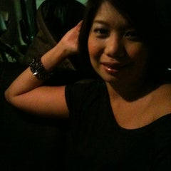 Photo taken at Singtel Comcentre iPhone Tech Desk by Zizie J. on 1/2/2011