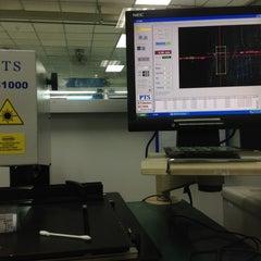 Photo taken at Salom Electric by มู๋พี ฟีม น. on 6/18/2012