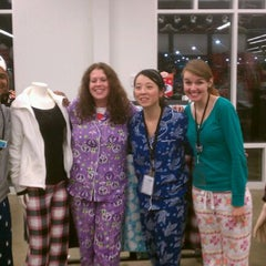 Photo taken at Old Navy by Todd F. on 12/18/2011
