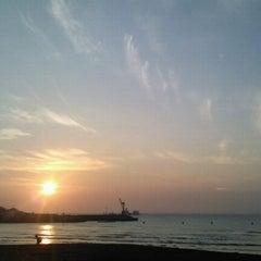 Photo taken at 이호테우해변 (Iho Taewu Beach) by HAE RAN K. on 8/29/2011
