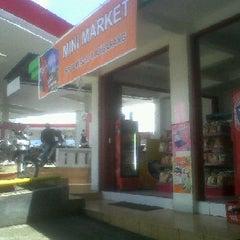 Photo taken at pom bensin 44.531.01 ajibarang by Ika I. on 12/26/2011