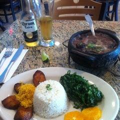 Photo taken at Muqueca Restaurant by Leonardo R. on 8/11/2012
