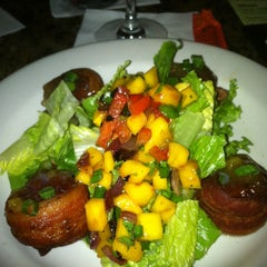 Photo taken at Bonefish Grill by Geoffrey F. on 8/25/2012