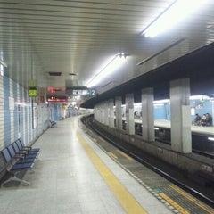 Photo taken at 用賀駅 (Yoga Sta.) by GOGOGO! on 12/31/2010
