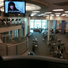 Photo taken at LA Fitness by Hernan B. on 12/6/2011