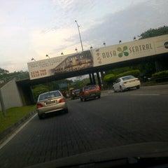 Photo taken at Flyover Jln T.Razak / Datin Halimah by ezri_eyedeas on 6/27/2012
