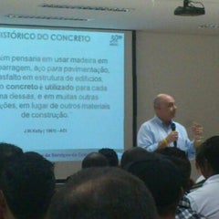 Photo taken at Faculdade Nossa Cidade FNC by Vinicius F. on 9/13/2012