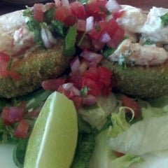 Photo taken at Pappas Seafood House by Krissy N. on 5/18/2012