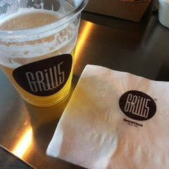 Photo taken at Grill5taco by Huiwon K. on 8/3/2012
