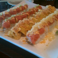 Photo taken at Sushi On The Rocks by Miah A. on 7/27/2012