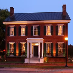 Photo taken at The Boyhood Home Of Woodrow Wilson by Retro Campaigns on 1/16/2012
