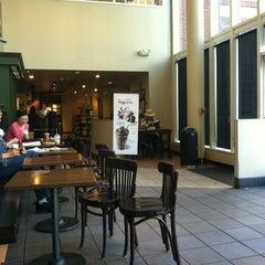 Photo taken at Starbucks by Steve S. on 5/13/2012