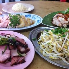 Photo taken at Restaurant Yat Yeh Hing by ChingYin K. on 8/6/2011