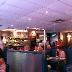 Photo taken at Elgin Street Diner by Luis on 7/8/2012