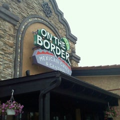 Photo taken at On The Border Mexican Grill & Cantina by Lisa K. on 9/4/2011
