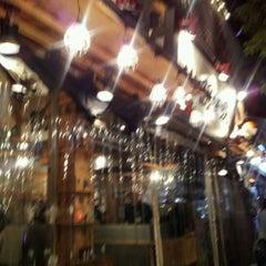 Photo taken at 鰓呼吸 麻布十番店 by Takashi E. on 11/16/2011