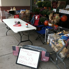 Photo taken at Super Stop & Shop by Terence P W. on 9/11/2011