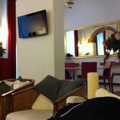 Photo taken at Hotel De La Pace by Patrizia P. on 10/25/2011