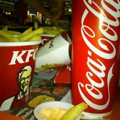 Photo taken at KFC by Dariya S. on 1/26/2012
