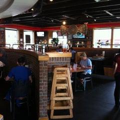 Photo taken at Pizza Hut by Ashley V. on 6/7/2011