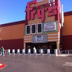 Photo taken at Fry's Electronics by BJ N. on 1/8/2011