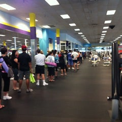 Photo taken at 24 Hour Fitness by Vanessa L. on 2/19/2011