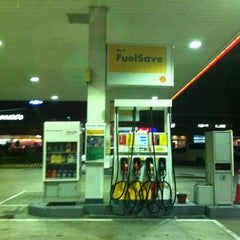 Photo taken at Shell Service Station by Trissie C. on 12/1/2011