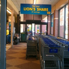 Photo taken at Food Lion Grocery Store by Heather S. on 7/7/2012