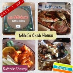 Photo taken at Mike's Crabhouse by Piriya W. on 6/3/2012
