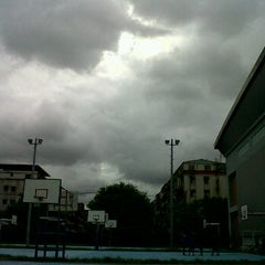 Photo taken at 國立華僑實驗高級中學 National Overseas Chinese Experimental Senior High School by evie l. on 7/30/2012
