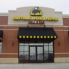 Photo taken at Buffalo Wild Wings by Sean A. on 7/15/2011