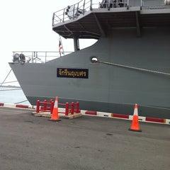 Photo taken at เรือหลวงจักรีนฤเบศร (HTMS Chakri Naruebet) by Jun S. on 5/3/2012