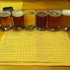 Photo taken at The Brew Kettle by Lauren G. on 7/14/2012
