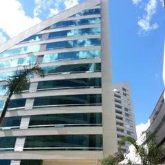 Foto tomada en Hotel San Fernando Plaza por Alexander B. el 8/21/2012