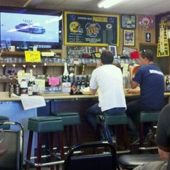 Photo taken at Hollingshead's Delicatessen by Scott S. on 6/15/2011