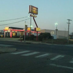 Photo taken at Checkers by Raheem W. on 2/17/2012
