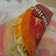 Photo taken at Taco Bell by Monkey M. on 3/12/2012