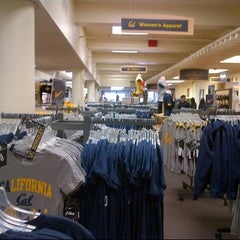 Photo taken at The Student Store by Francis L. on 8/25/2012